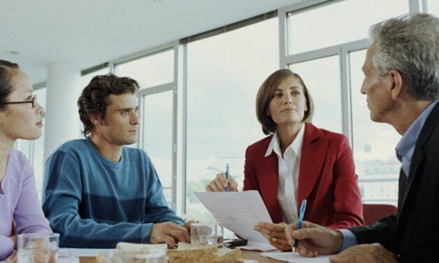 La comunicación cara a cara entre líder y colaborador